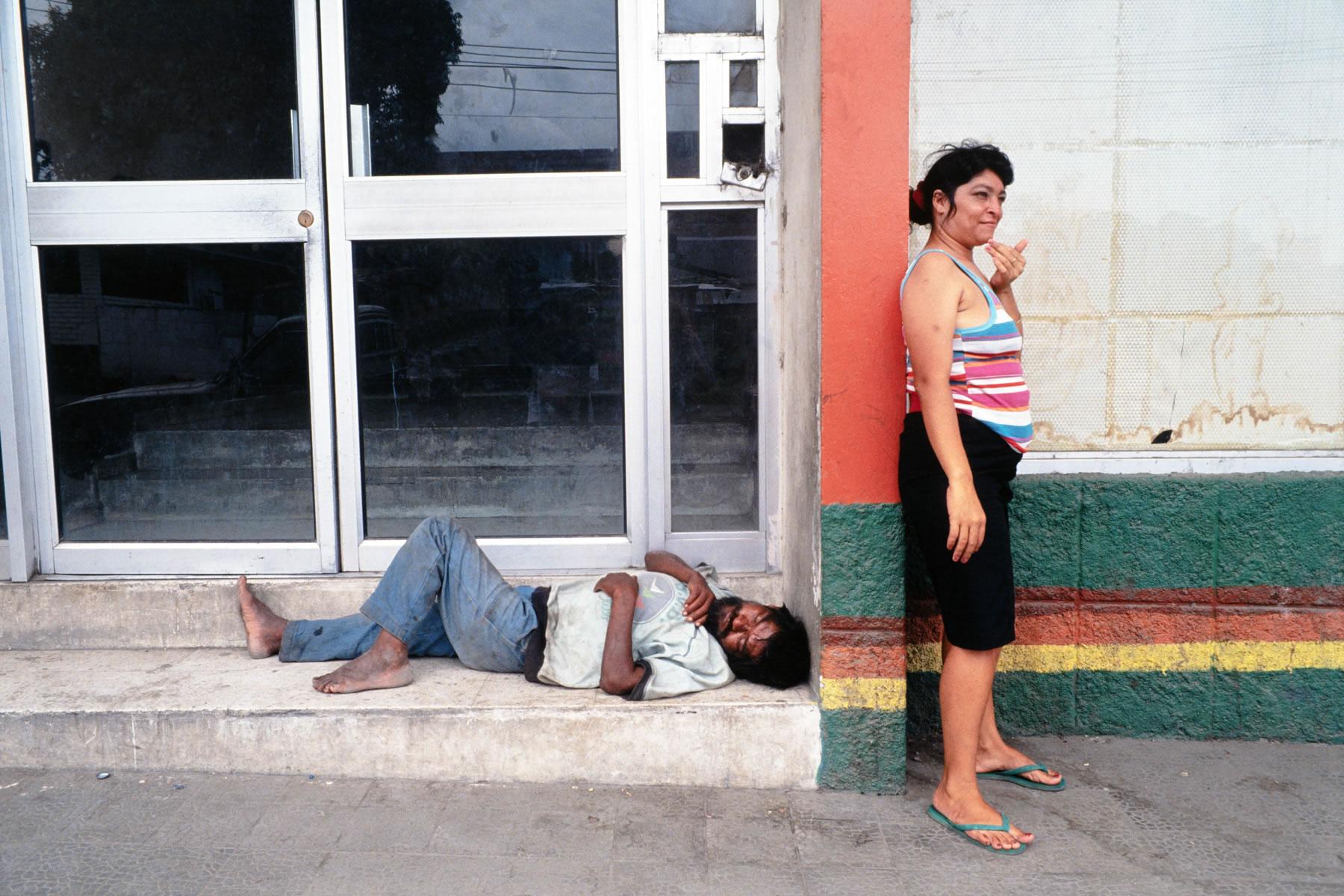 Chicas Bar Honduras CB 24